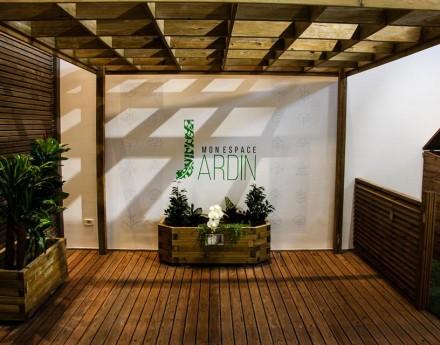 Jardinière et mobilier